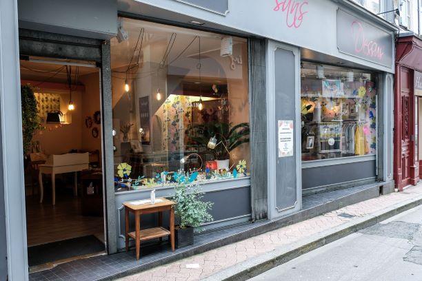 Nous voici bien installés au 6 rue Lansecot, à Limoges !
